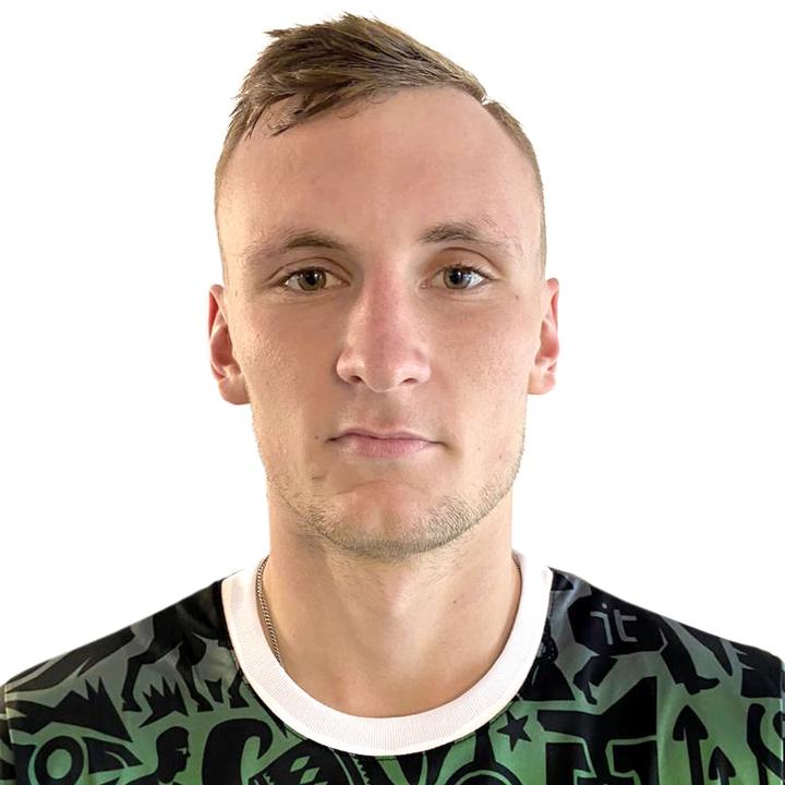 Максим Артемчук