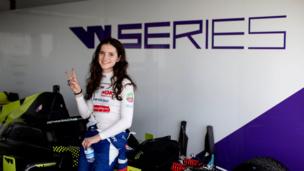 «С появлением W Series больше девочек приходят в автогонки». Ирина Сидоркова — о перспективах, гендерных стереотипах и СММ