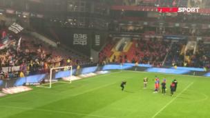 Игроки ЦСКА поблагодарили фанатов за поддержку / Голые болельщики на дерби