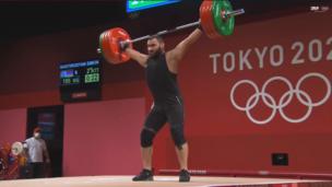 Штангисты из Армении и Узбекистана друг за другом установили олимпийский рекорд на Играх в Токио-2020 (ВИДЕО)