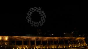 Видео, как ДРОНЫ рисуют эмблему Токио-2020 и Землю! Вот это КРАСОТА на церемонии открытия Олимпиады