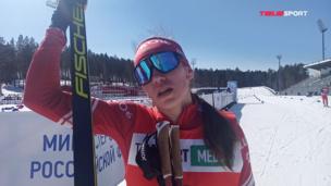 ЧЕМПИОНКА женского марафона сразу после финиша РАССКАЗАЛА о своем пути в лыжах