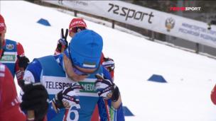 Лыжники развлекаются — Александр Бессмертных наставил рожки Илье Семикову